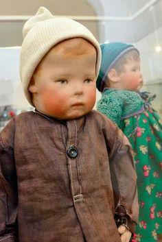 Early K. Kruse doll I