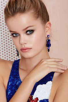 Feelin' Blue Jewel Earrings