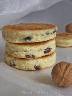 Walijskie ciastka z patelni Welsh cakes 😉 Banana Pudding Recipes, Polish Recipes, Polish Food, My Dessert, Slow Food, Food And Drink, Sweets, Cookies, Baking