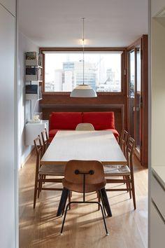 Quinn Architects renovates apartment in London's Brutalist Barbican Estate Schmidt, Architecture Design, Arch Interior, Interior Ideas, London Apartment, Apartment Interior, Palette, Zaha Hadid Architects, Barbican