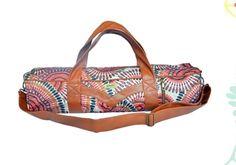 love the yoga mat bag