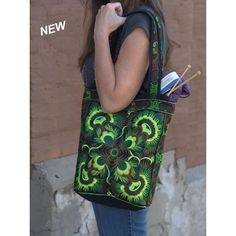 Item 96 - Hand Made Accessories Medium Market Bag (color 5 lime) | Plymouth Yarn