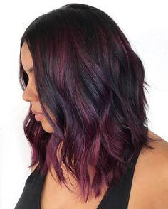 Short Burgundy Hair, Burgundy Hair With Highlights, Red Burgundy Hair Color, Burgundy Balayage, Dark Red Hair, Hair Color Highlights, Ombre Hair Color, Hair Color Balayage, Cool Hair Color