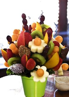 Fruit bouquet - how awesome would this be after a summer bbq?