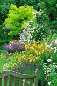 Secret Garden Landscaping Funky Junk Interiors: How to plant low cost low upkeep 'forever flowering flowerbeds'.Secret Garden Landscaping Funky Junk Interiors: How to plant low cost low upkeep 'forever flowering flowerbeds' Garden Borders, Garden Paths, Garden Landscape Design, Garden Landscaping, Landscaping Ideas, Landscape Designs, The Secret Garden, English Country Gardens, Garden Cottage