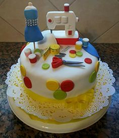 Sewing Cake, Biscuit, Birthday Cakes For Women, Crazy Cakes, Birthday Woman, Cake Art, Themed Cakes, Cake Designs, Amazing Cakes
