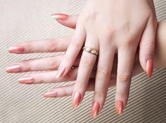 by Lilly Jarlsson Tippi Hedren- Inspired Fingernails #nailart #fingernails…