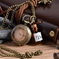 Vintage Glass Alice In Wonderland Quartz Pocket Watch for Women Lady Girl Gift Steampunk necklace P