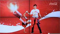 Leuke actie van Coca-Cola! The Coke Dance Vending Machine.    Voor welk merk zou jij een dansje opvoeren?