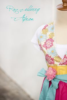 apron - LOTS of adorable kid's and adult's free patterns!