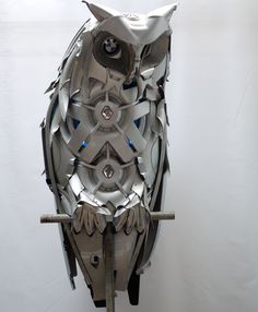 Artist turns hubcaps into whimsical creatures | MNN - Mother Nature Network