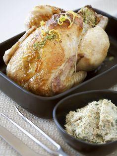 poivre, parmesan râpé, citron, oeuf, huile, courgette, oignon, beurre, ricotta, poulet, cerneau de noix, pain de mie, persil, sel, basilic, comté