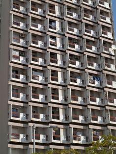 Obra do Arq. M. Gomes da Costa RAgarez Algarve, Portugal, Portuguese, Motor, Building Design, Exterior Design, Modern Architecture, Buildings, Multi Story Building