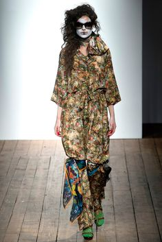 Vivienne Westwood Red Label Spring 2014 Ready-to-Wear Fashion Show