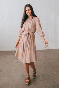 Kleider Page 2 – Citrus & Lemon - Muslim Fashion, Modest Fashion, Hijab Fashion, Outfits Jeans, Modest Outfits, Modest Clothing, Modest Dresses For Women, Modest Apparel, Cute Dresses