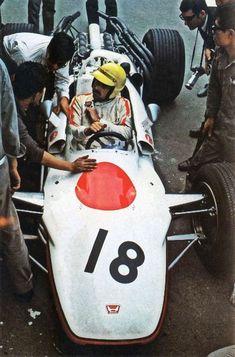 Broncos, Grand Prix, Sport Cars, Race Cars, Honda Legend, Nfl, Gilles Villeneuve, American Racing, Formula 1 Car