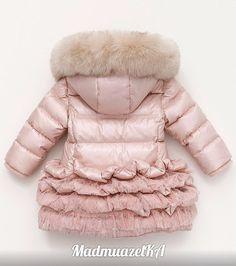Куртки – 1 122 фотографии Baby Girl Fashion, Kids Fashion, Jean Jacket For Girls, Baby Coat, Kids Coats, My Princess, Cute Kids, Kids Outfits, Winter Jackets