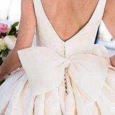 big bow - laço // Vestidazo de María Ramos y fotón de @iluminartefotografiadigital 🌸✉️🌸