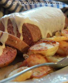 Polpettone Speck e Formaggio in Salsa di Parmigiano con Patate Arrosto allo Speck