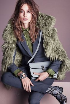 Fall 2014 Ready-to-Wear Gucci. For more followwww.pinterest.com/ninayayand stay positively #pinspired #pinspire @ninayay