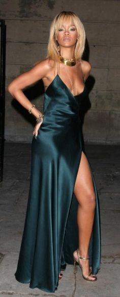 look de Rihanna : Au défilé Stella McCartney, Fashion Week de Londres