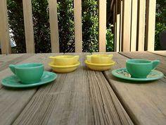 Antique 8 pc Akro Agate Jadite and Yellow Glass Children's Tea Set