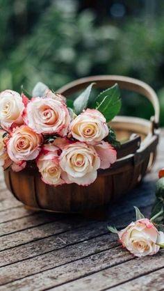 248 best flower bouquet tumblr images flowers florals floral swags rh pinterest com