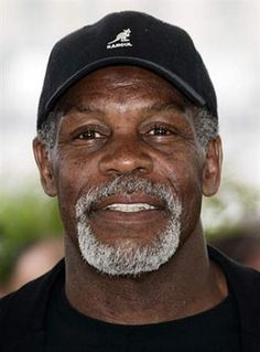 Coming to PT Film Festival I admire his talent and more than that, his activism and commitment to humanitarian/social justice. Hollywood Men, Hollywood Icons, Classic Hollywood, Danny Glover, Coloured People, Black Actors, African American Men, Famous Faces, We The People