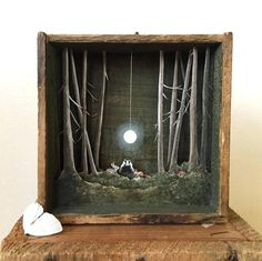 Allison May Kiphuth is a diorama artist and a nature enthusiast based in New Hampshir. Allison May Kiphuth is a diorama artist and a nature enthusiast based in New Hampshir. Shadow Box Kunst, Art Altéré, Cadre Diy, Wal Art, Diy Shadow Box, Wooden Shadow Box, Colossal Art, Antique Boxes, Antique Art