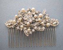Vintage Style Bridal Hair Comb,Crystal Rhinestone and Pearl Wedding Hair Comb,Wedding Hair Accessories,Ivory,white Pearl Comb,headpiece,clip