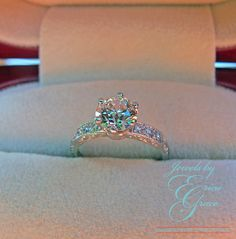 Vintage Tiffany & Co Platinum Engagement Ring, so pretty