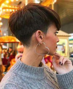 Perfect 45 Stylish Pixie Haircut For Thin Hair Ideas Stylish Pixie Haircut; Super Muy Corto Pixie Cortes de pelo Y Colores de Pelo para Long Pixie Hairstyles, Cute Short Haircuts, Thin Hair Haircuts, Hairstyles Haircuts, Straight Hairstyles, Haircut Short, Pixie Haircut Styles, 2018 Haircuts, Latest Haircuts