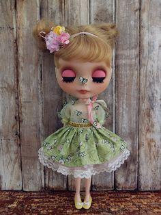 https://flic.kr/p/o8d5gK | Blythe dress set with green butterflies~ | Butterflies fly fly in the wind~ fly fly in my dream~~~