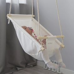 Low Shipping Price Byel Calm Toddler and Baby Gift Swing Baby Nursery Decor, Baby Decor, Baby Life Hacks, Baby Sewing Projects, Baby Swings, Baby Furniture, Baby Crafts, Cool Baby Stuff, Baby Accessories