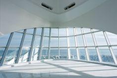 Absolutely beautiful!!! Milwaukee Art Museum by architect Santiago Calatrava. #White #Style #Modern