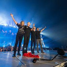"19.2 хил. харесвания, 68 коментара – Metallica (@metallica) в Instagram: ""Photos from tonight's show in Denver #Metallica #WorldWired #MetInDenver"""
