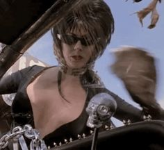 Elvira washing windshield smashing boobs from movie Dark Beauty, Gothic Beauty, Elvira Movies, Gothic Images, Cassandra Peterson, Vintage Goth, Storm Shadow, Classic Monsters, Ghost Rider