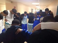 UK Team & Coach Cal visited with a young fan & gathered with him for prayer. Proud to call them our CATS!