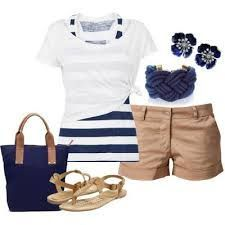 Summer Nautical Fashion Love the whole outfit! Mode Outfits, Casual Outfits, Fashion Outfits, Womens Fashion, Fashion Ideas, Striped Outfits, Workwear Fashion, Fashion Blogs, Fashion Websites