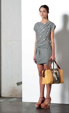 Look 34 . 309 Abito / Dress . 279P Borsa / Bag . 205P Scarpa / Shoes