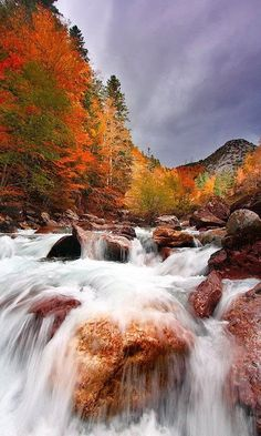 Beautiful and Serene Beautiful Autumn .. Valle de Hecho, Spain Cascata de Tamul, México