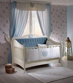 Minik hanımlara, küçük beylere gece-gündüz huzur içinde uyuyacakları bir dünya kurduk. Prenseslere pembe, prenslere ise mavi rüyalar dünyasının kapısını aralıyoruz. Melekler gibi uyusunlar, aydınlık yarınlara uyansınlar...