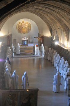 SIGENA Sacred Architecture, Religious Architecture, Church Architecture, Catholic Art, Roman Catholic, Religious Art, Nuns Habits, Benedictine Monks, Religion