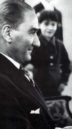 Atatürk'üm Small Canvas Art, Most Beautiful Wallpaper, Retro Wallpaper, Revolutionaries, Che Guevara, Photo Galleries, Dads, Gallery, Photography