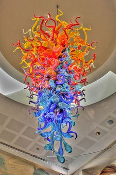 I love the work this Artist does, Dale Chihuly ..... This is, of course, another of my favorite Chihuly creations. He's Really Amazing! ..... & ..... He never disappoints .....