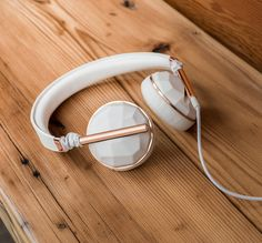 Just like music: Caeden headphones and earbuds in rose gold, white and black