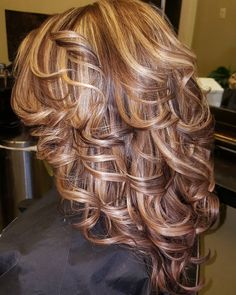 50 Stunning Hairstyles with Highlights and Lowlights — For Blonde, Brown, and Red Hair Check more at http://hairstylezz.com/best-highlights-and-lowlights-hairstyles/