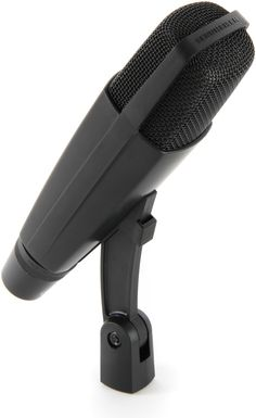 Dynamic Cardioid Microphone with High SPL Capacity and Bass Roll-Off Switch Singing Microphone, Bass, Studio Gear, Recorder Music, Audio Sound, Technology Gadgets, Karaoke, Music Production, Tecnologia