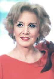 María Luisa Paredes Bartolomé (Madrid, 3 de abril de 1946)