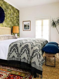 3 Ways to Style Your Pillows on a King Size Bed Upstairs Bedroom, Cozy Bedroom, Bed Styling, King Beds, Beautiful Bedrooms, My Dream Home, King Size, Bed Pillows, House Design